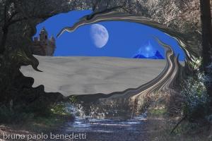 passaggio surreale nel bosco con apertura che porta ad altra dimensione